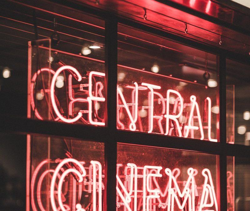 Le cinéma est toujours le loisir préféré des français – Par Marc Dingreville